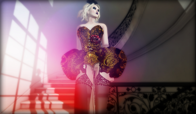 b-e-n-d-e-r-freaky-goddess4